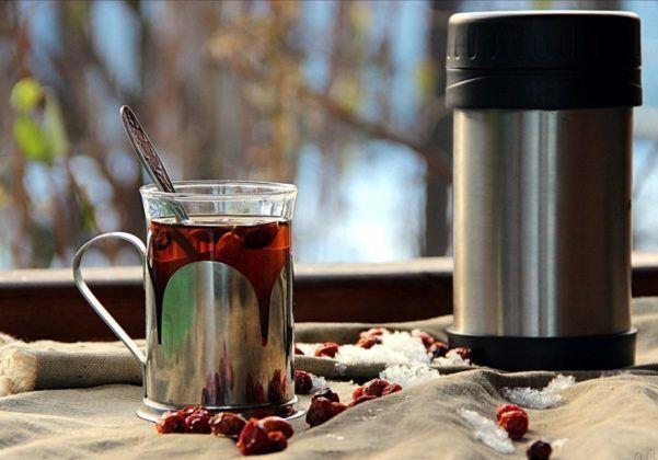 Чай из шиповника в термосе