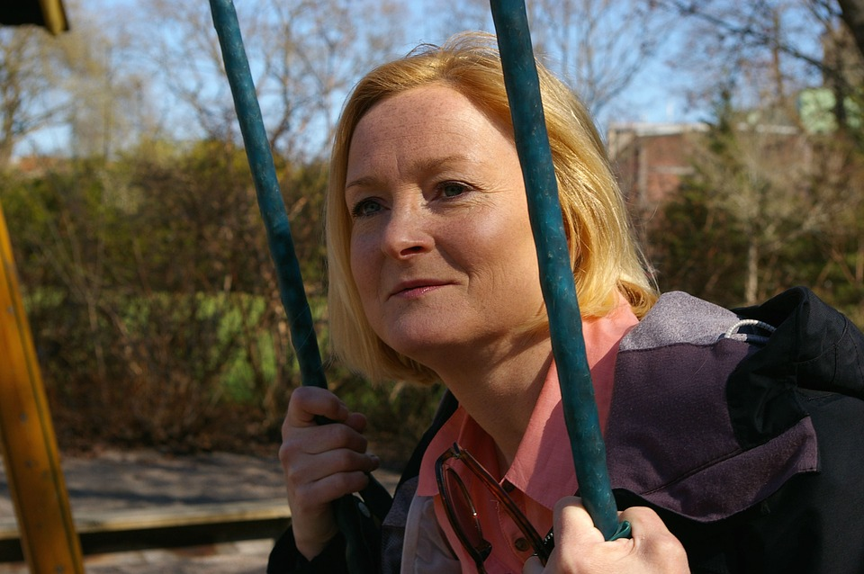 Кризис среднего возраста у женщин: симптомы, способы преодоления