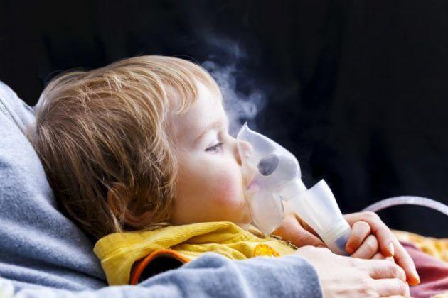Проведение ингаляции детям должно проходить обязательно под контролем родителей