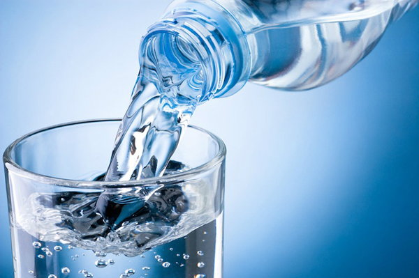 вода утоляет чувство голода