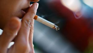 Заядлые курильщики больше всех болеют бронхитом