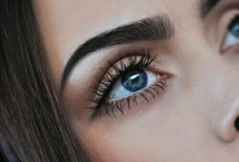Черный цвет глаз