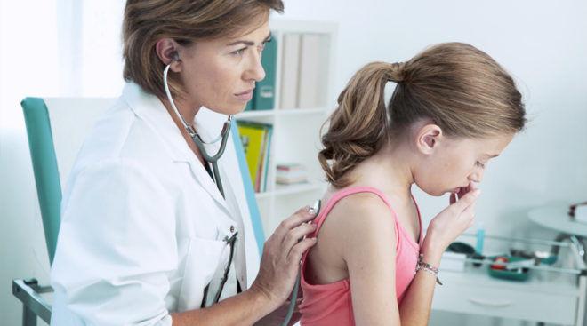 Приступообразный кашель без образования бронхиальной слизи является признаком остаточного кашля