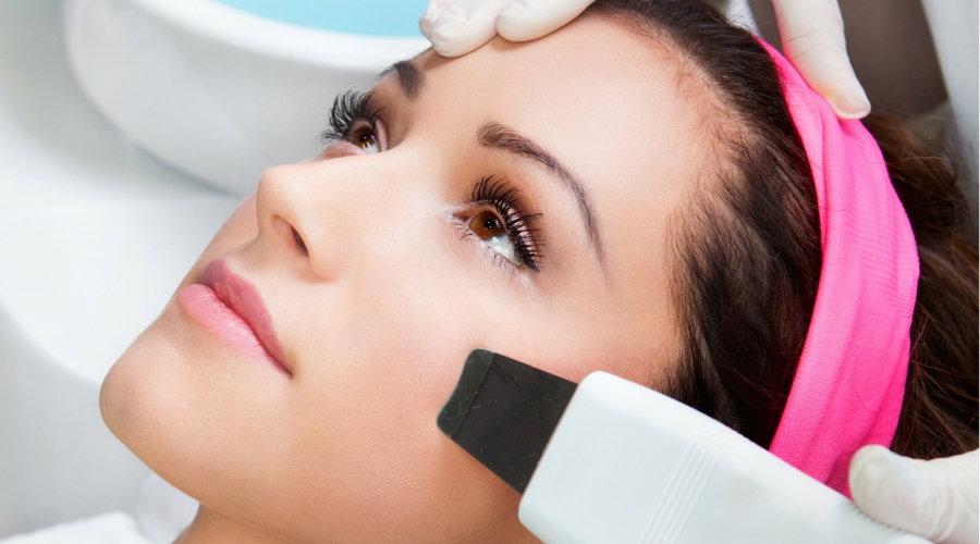 Как не испортить свое лицо? Что выбрать механическую или ультразвуковую чистку лица