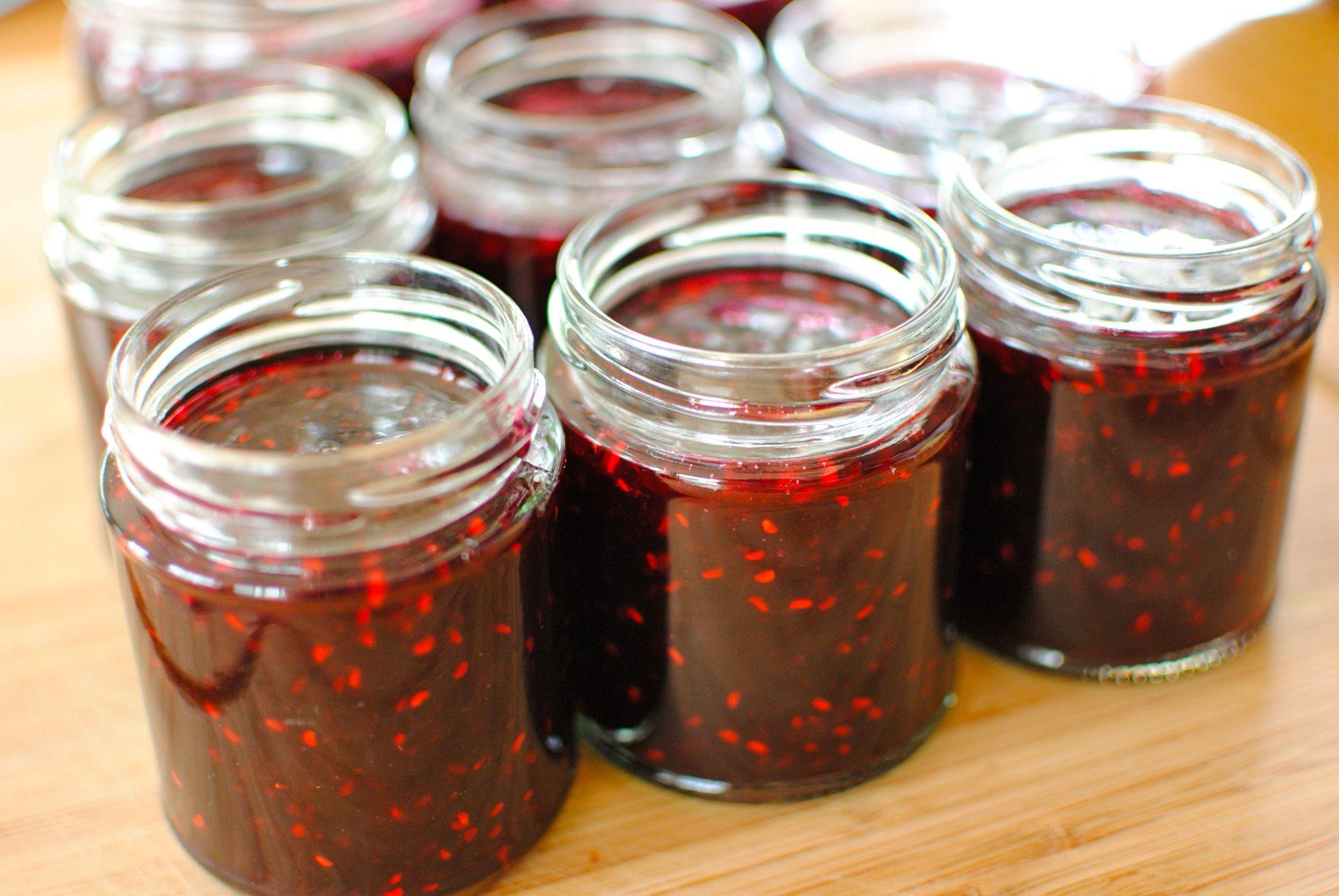 Желе из черной смородины: рецепты на зиму