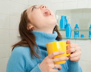 Полоскания из шалфея для лечения горла