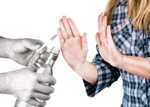 Отказ от вредных привычек для предотвращения осложнений при пневмонии
