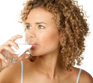 Обильное питье для лечения кашля