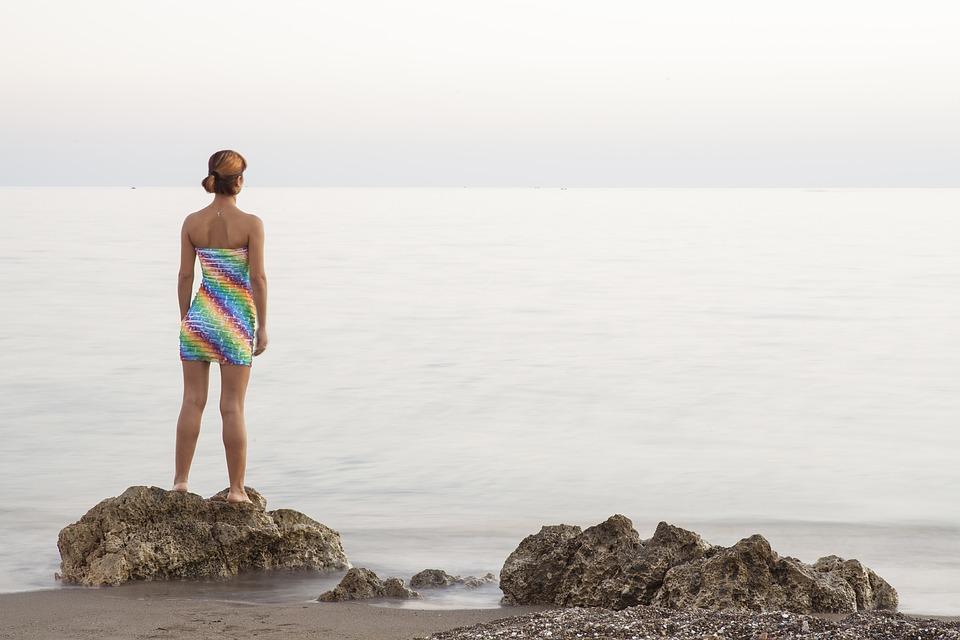 Акне на теле: как избавиться от прыщей на спине