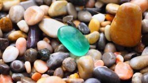 Литотерапия: все, что нужно знать о лечении камнями и минералами