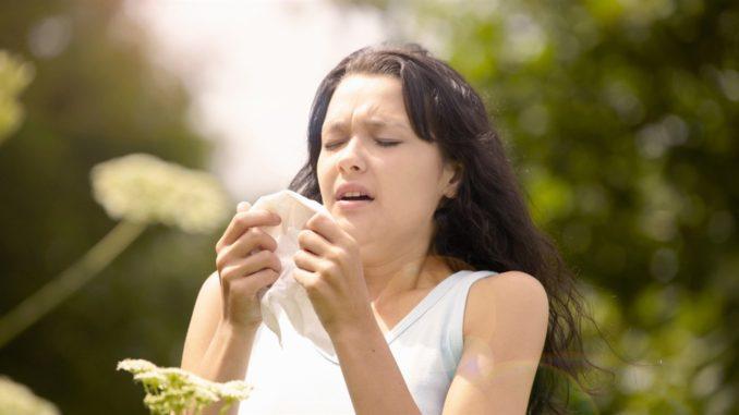 аллергическая реакция у девушки
