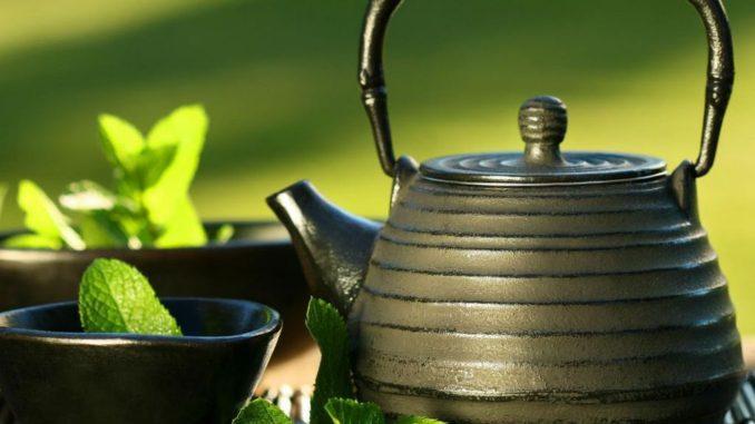 чайник с отваром