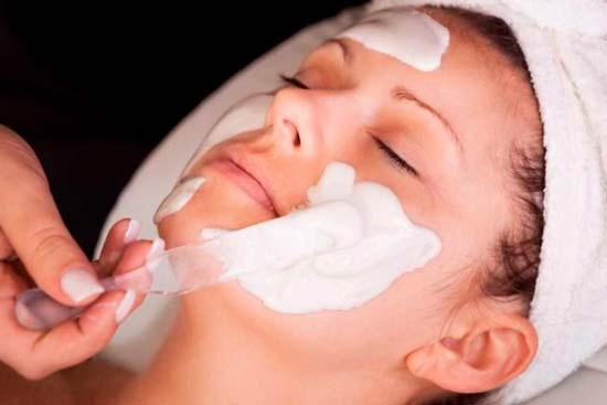Необычная маска для лица из зубной пасты
