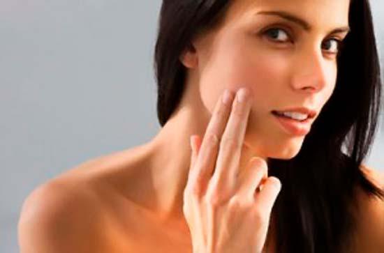 Причины прыщей на щеках ключ к эффективному лечению