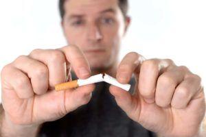 Отказ от курения является важной профилактической мерой для предотвращения обструктивного бронхита