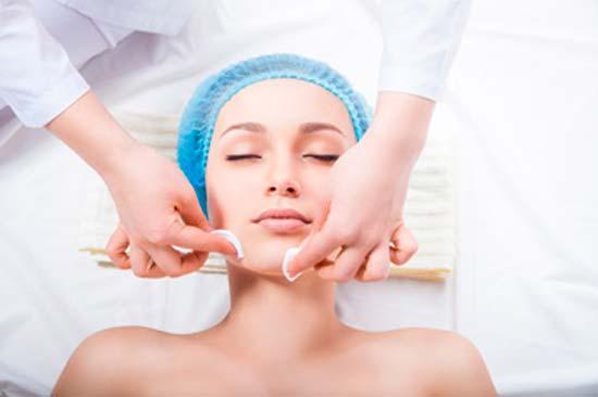Несколько простых советов дерматолога о лечении прыщей