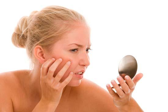 Связь между высыпаниями на лице и проблемами с кишечником