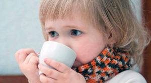 Молоко с содой эффективно устраняет бактерии