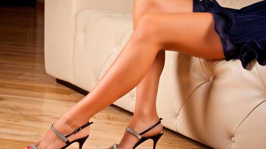 Каковы причины появления у женщин прыщей на ногах и о методах лечения