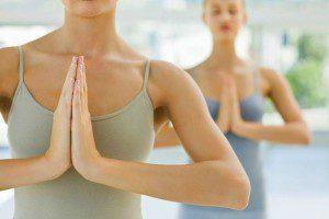 Упражнения для увеличения и упругости бюста в домашних условиях